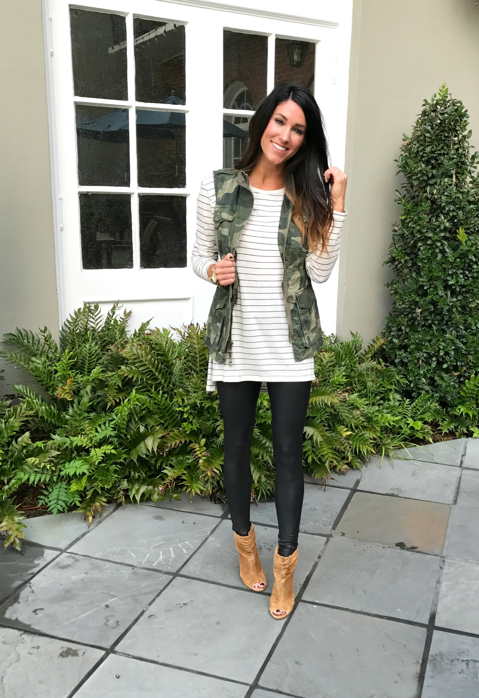 Five Ways To Style Faux Leather Leggings