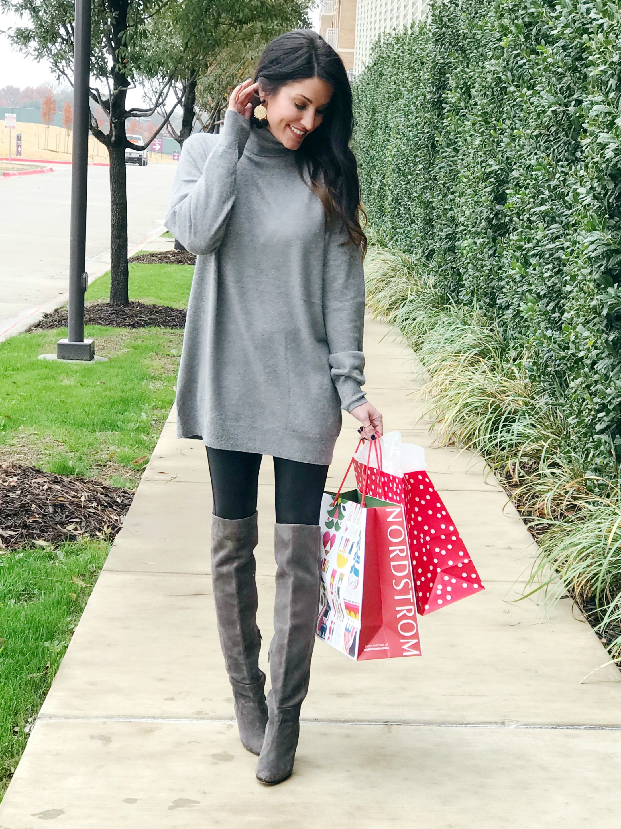Tunic sweater and boots