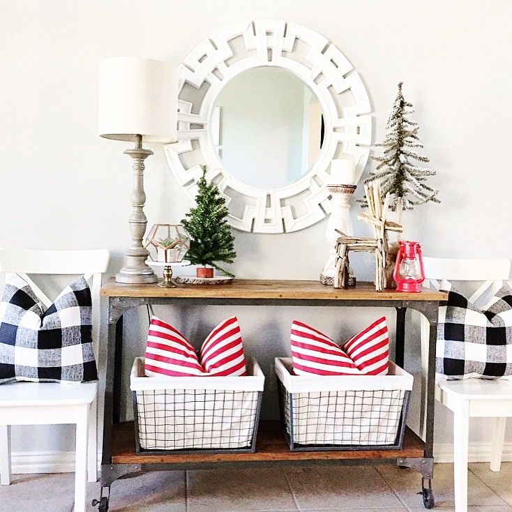 Entryway Christmas Decor