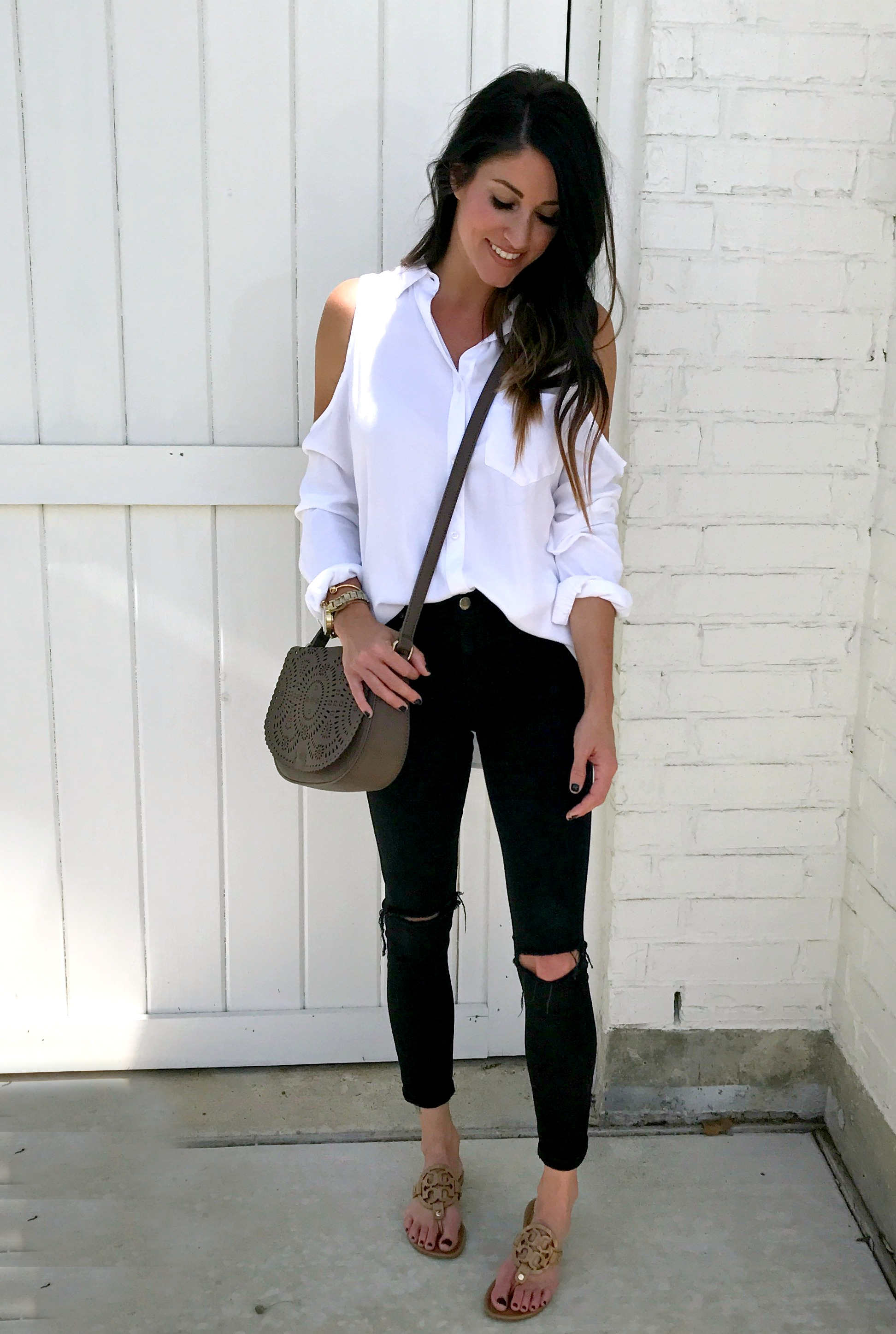 Cold Shoulder Top, black jeans, flops