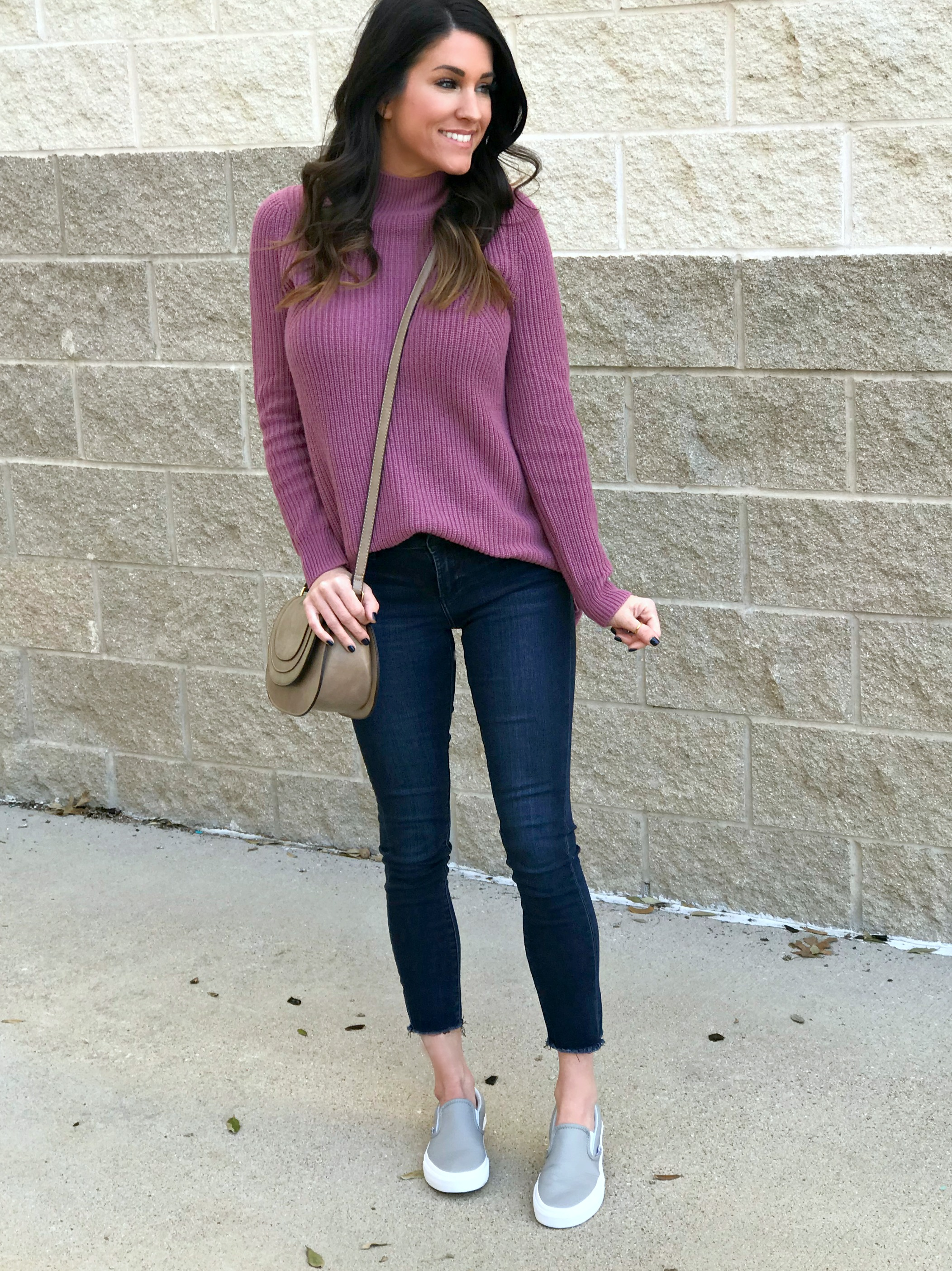 Casual Sneakers Outfit