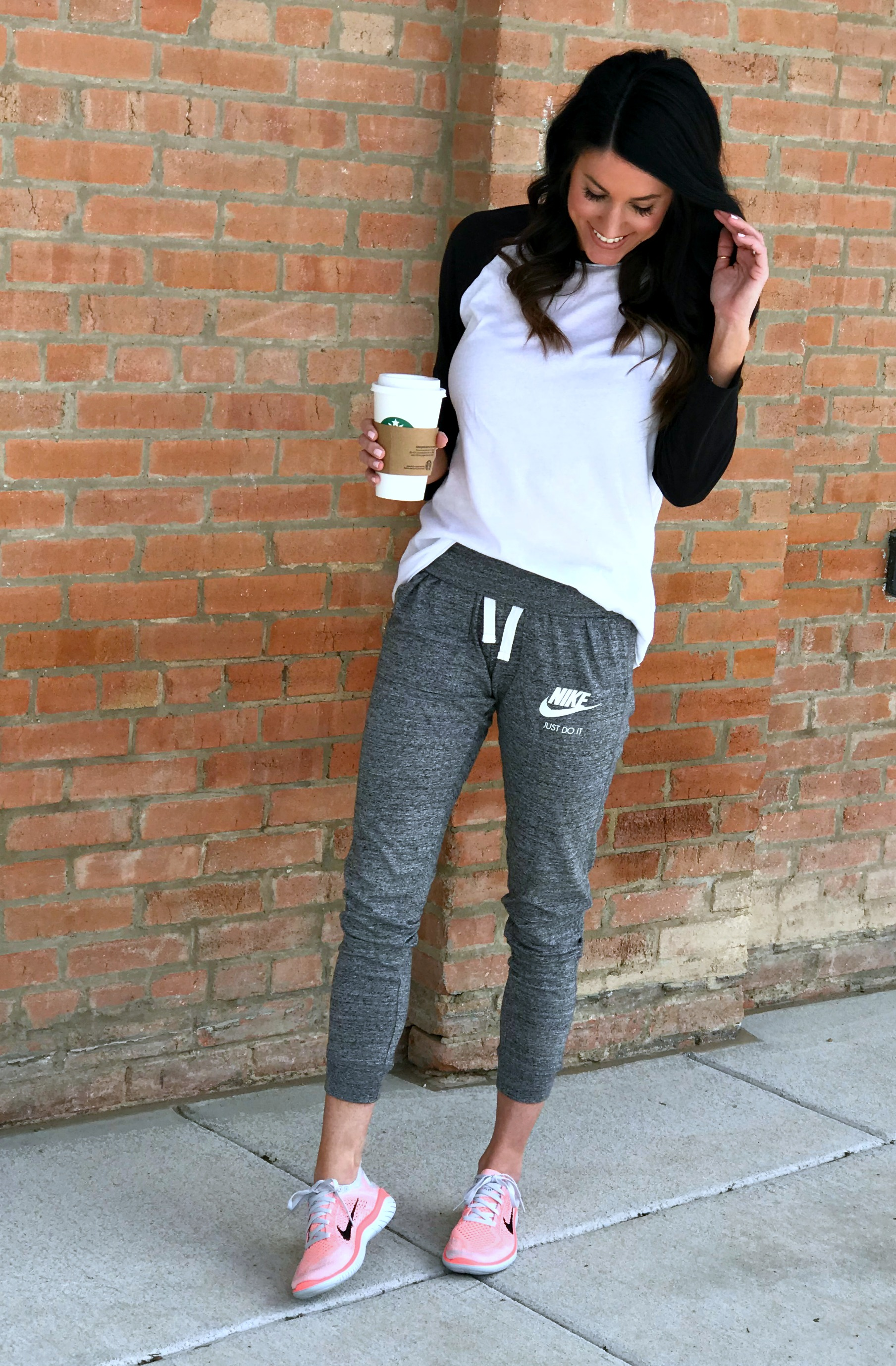 Nike, Sneakers, Joggers, Tee, Casual Style