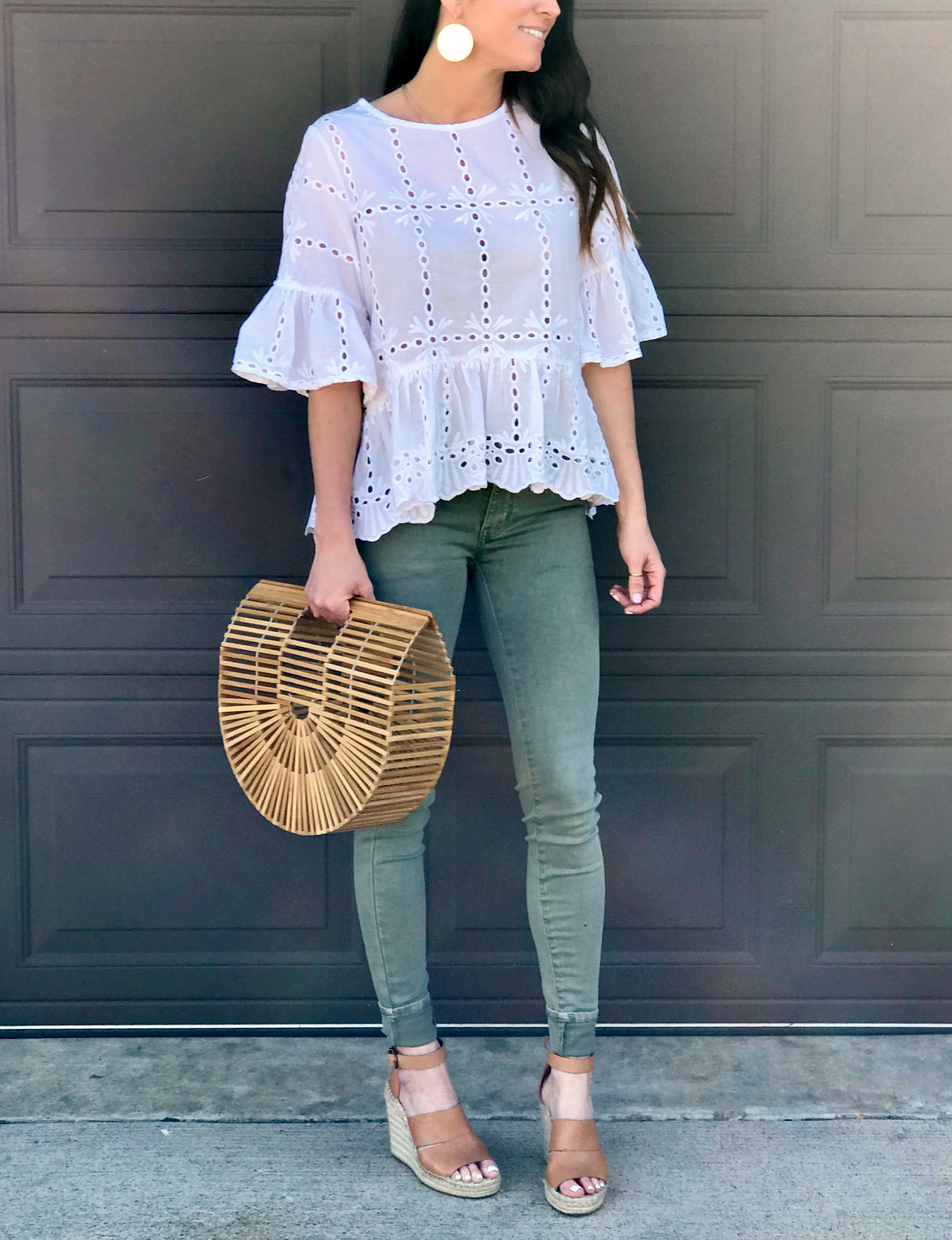Green Pants, wedges, spring outfit