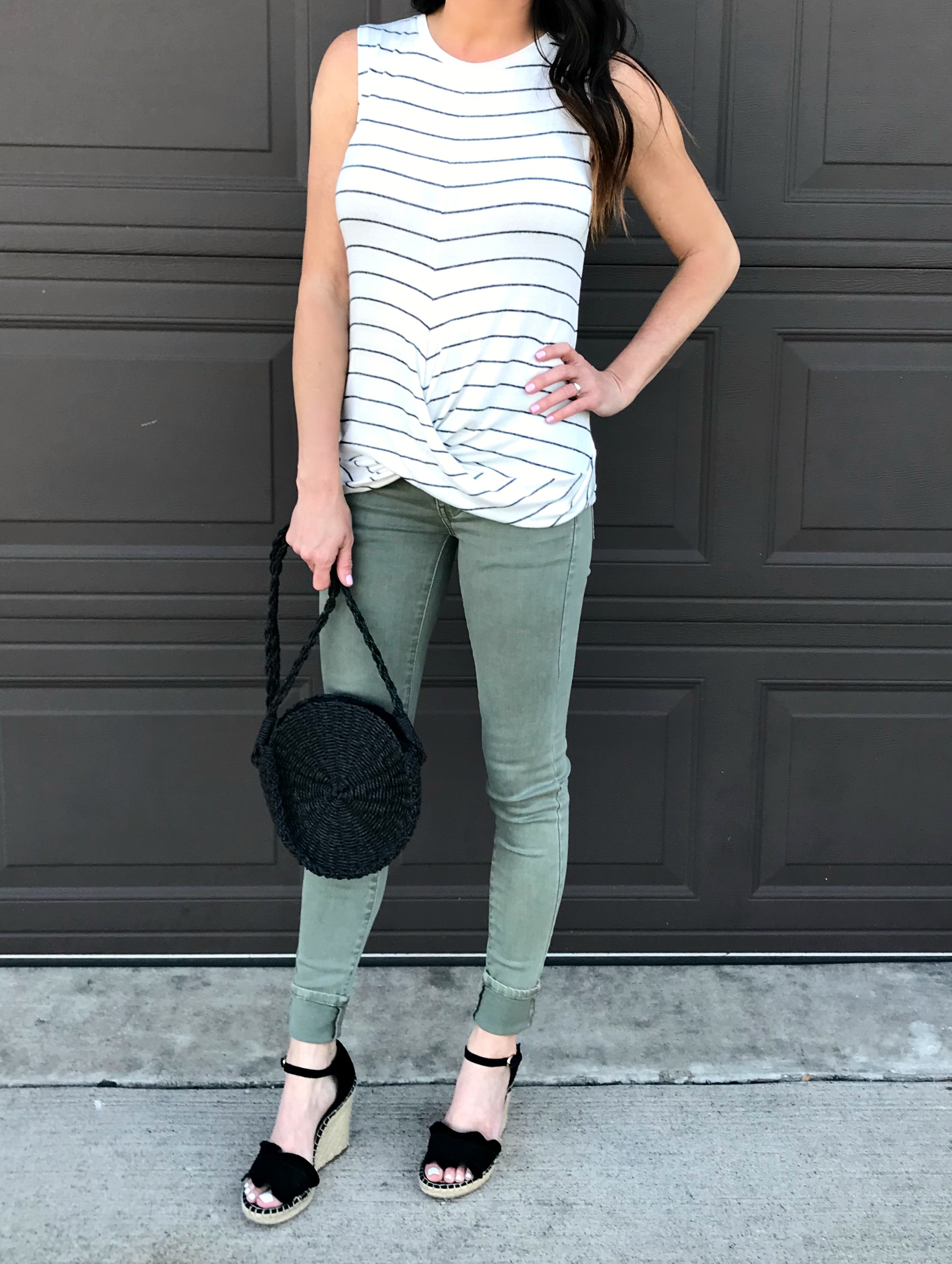 Green Pants, black wedges, spring style