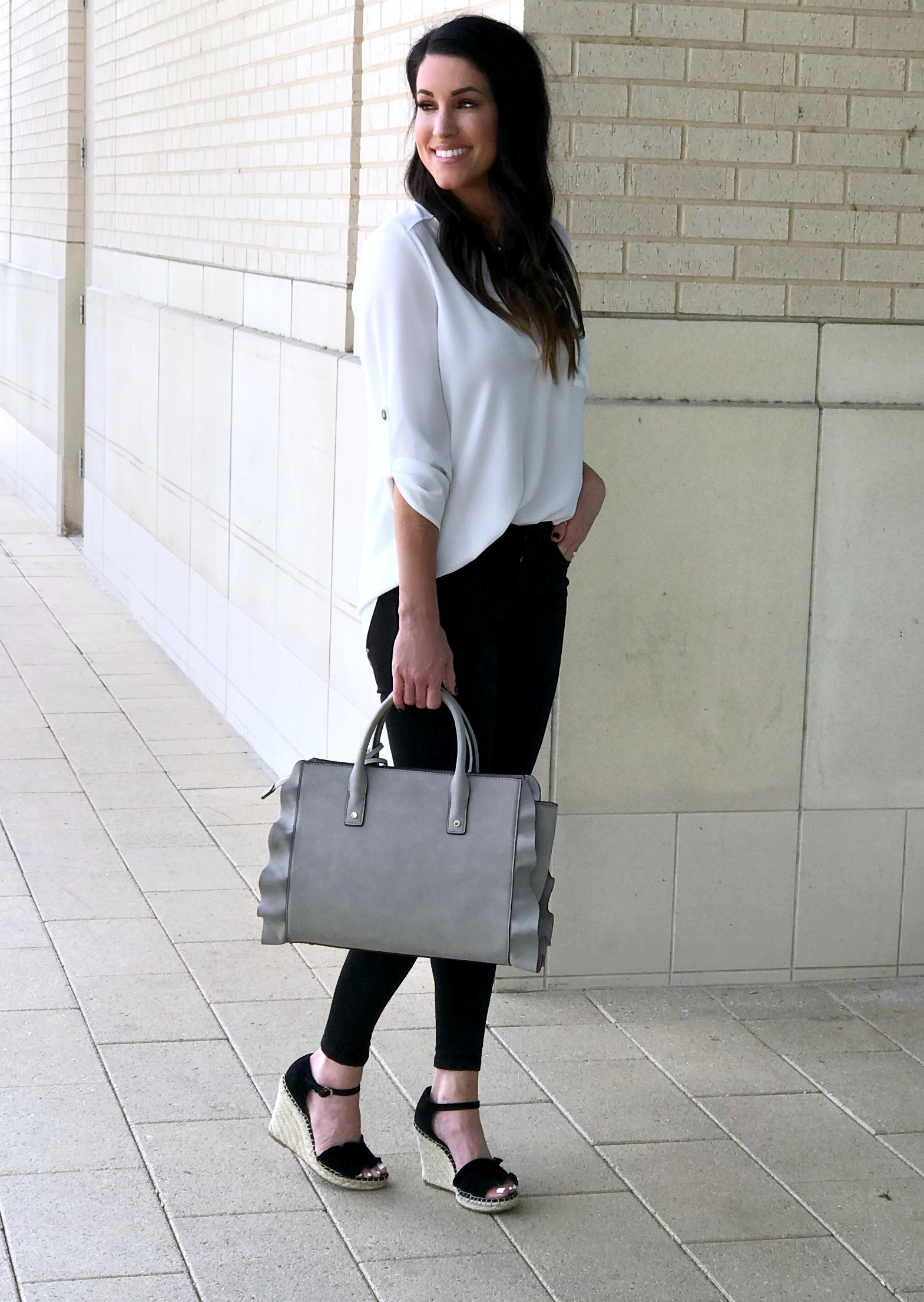 The cutest ruffle bag