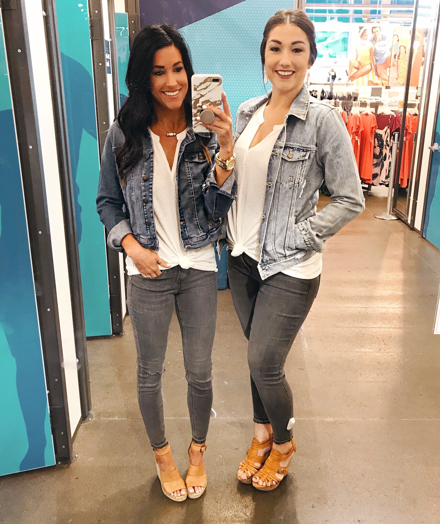 Old Navy Try-On With My Sister!